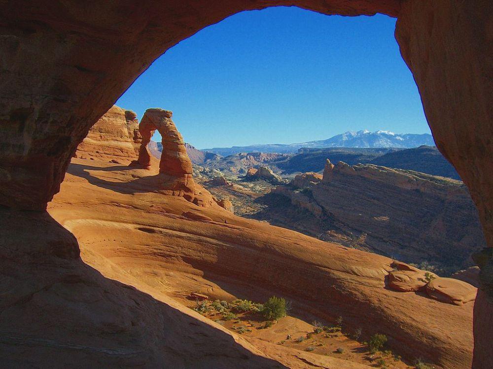 1024px-Parque_Nacional_de_los-Arcos-Utah2508