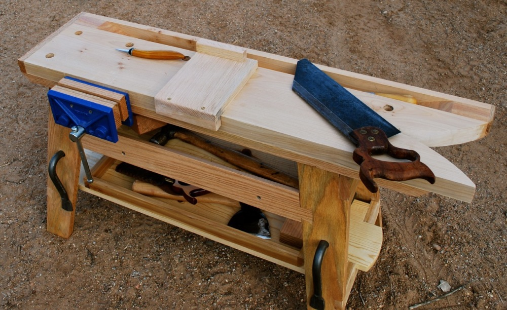 Bench hook on the bench.