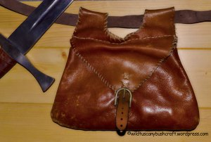 Old style bushcraft: a medieval possible pouch