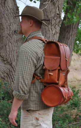 The small rucksack with the portmanteau attached.