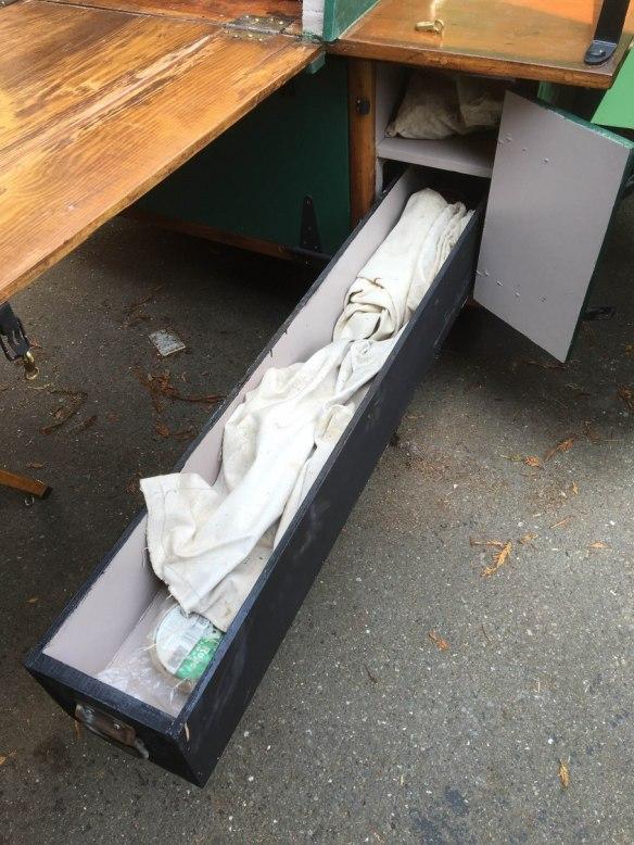 pan-box-drawer-out